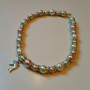 Beautiful glass pearl anklet w dolphin